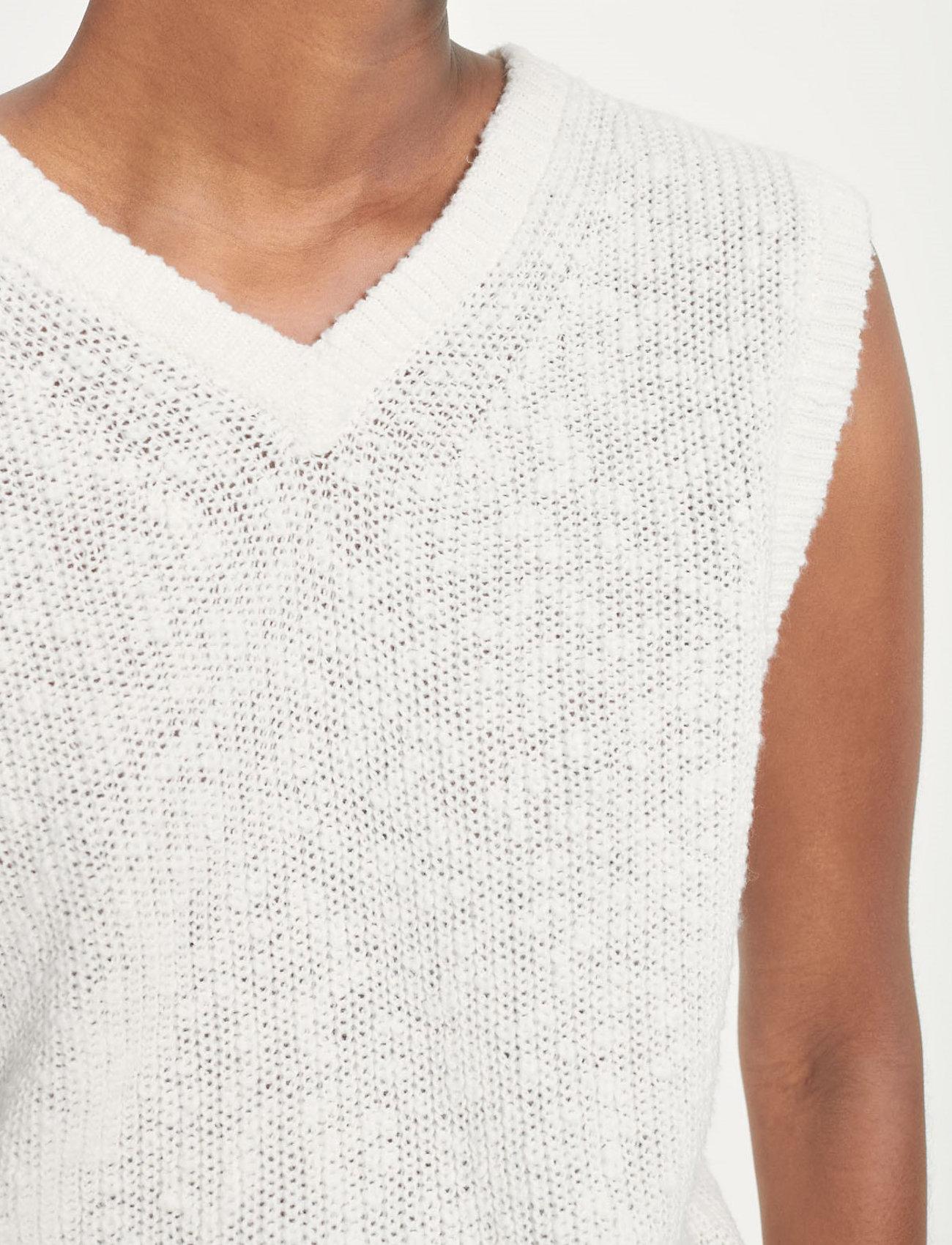 Samsøe Samsøe - Zoey vest 13996 - knitted vests - antique white - 5