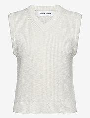 Samsøe Samsøe - Zoey vest 13996 - knitted vests - antique white - 1