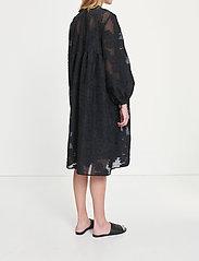 Samsøe Samsøe - Mynthe dress 13049 - blondekjoler - black - 4