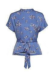 Blumea blouse ss aop 8325 - BLUE BREEZE