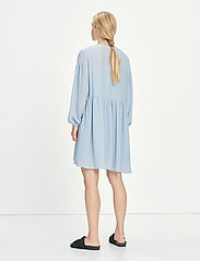 Samsøe Samsøe - Jolie short dress 12697 - summer dresses - dusty blue - 4