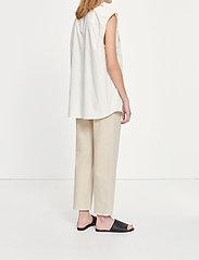 Samsøe Samsøe - Tea shirt top 11466 - denim shirts - antique white - 3