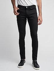 Samsøe Samsøe - Stefan jean 5890 - džinsa bikses ar tievām starām - black rinse - 0