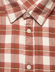 Samsøe Samsøe - Liam NP shirt 12961 - denimowe koszulki - brandy brown ch. - 2