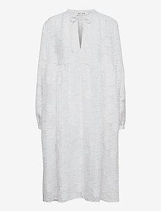 Mynthe dress 13049 - blondekjoler - bright white