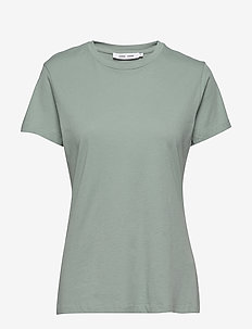Solly tee solid 205 - t-shirts - chinois green