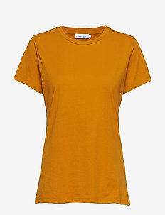 Solly tee solid 205 - t-shirts - inca gold