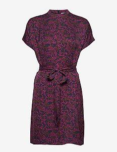 Kimberly ss dress aop 8325 - korta klänningar - moonlight flower