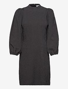 Harrietta short dress 11238 - korte kjoler - black ch.