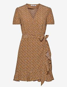 Linetta dress aop 10056 - wrap dresses - blossom