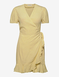Linetta dress aop 10056 - wrap dresses - summer drops