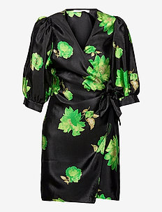 Celestina wrap dress aop 11244 - omlottklänningar - green waterlily