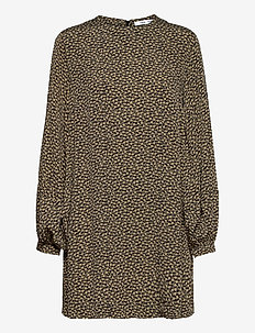 Aram short dress aop 12949 - vardagsklänningar - winter twiggy