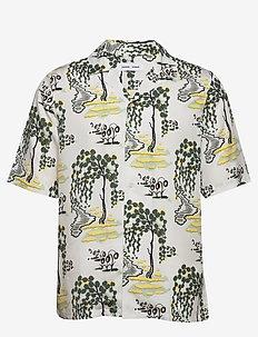 Oscar AX shirt aop 10527 - lyhythihaiset paidat - forest bright