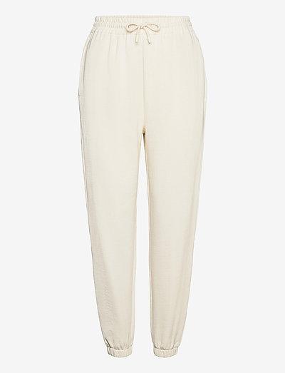 Carmen trousers 10902 - clothing - eggnog