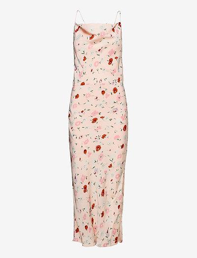 Apples ml dress aop 8325 - bodycon dresses - pink garden