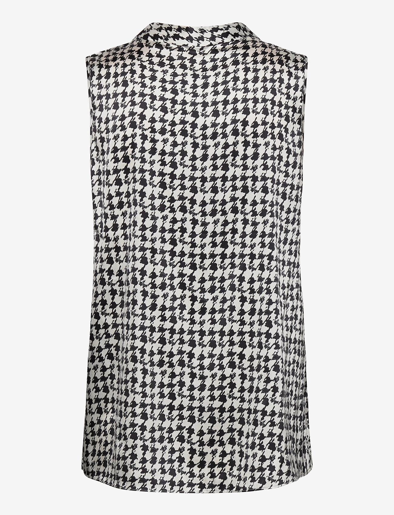 SAND - 3174 Satin - Prosi Top - blouses sans manches - pattern - 1