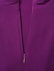 SAND - Crepe Satin Back - Whitney N - haalarit - soft purple - 4