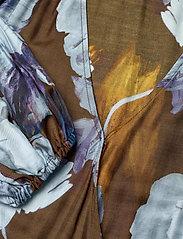 SAND - 3390 - Rummer - robes portefeuille - dark camel - 2