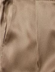 SAND - Double Silk - Sasha Flex Pleated - uitlopende broeken - light camel - 2