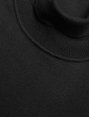 SAND - Merino Embroidery - Id - perusneuleet - black - 2