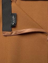 SAND - 2548 - Malhia Skirt - midi kjolar - light camel - 2