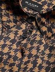 SAND - 3174 Satin - Latia - blouses met lange mouwen - pattern - 2