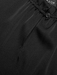 SAND - Satin Stretch - Raya F - blouses sans manches - black - 2