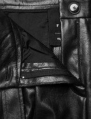 SAND - Vegan Leather - Haim - skinnbyxor - black - 3