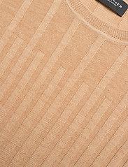 SAND - Fellini F - Leanna - gebreide t-shirts - light camel - 2