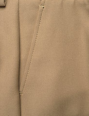 SAND - 3596 - Dori A Flared - broeken med straight ben - light camel - 2