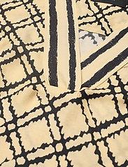 SAND - 3426 - Ambar Blouse - blouses met korte mouwen - pale yellow - 2