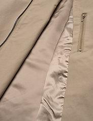 SAND - Techno Cotton W - Quita New - trenchcoats - light camel - 4