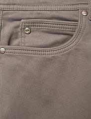 """SAND - Suede Touch - Burton NS 32"""" - regular jeans - dark army - 2"""