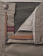 """SAND - Suede Touch - Burton NS 32"""" - regular jeans - dark army - 3"""