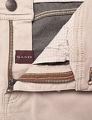 "SAND - Suede Touch - Burton NS 32"" - regular jeans - light camel - 3"