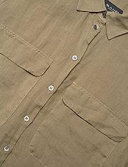 SAND - 8851 - Nami - overhemden met lange mouwen - army green - 2