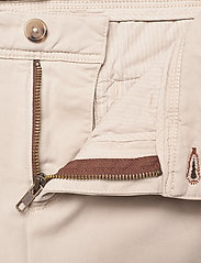 SAND - Cashmere Touch - Dolan Slim - regular jeans - light camel - 3