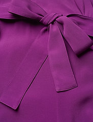 SAND - Crepe Satin Back - Whitney N - haalarit - soft purple - 3