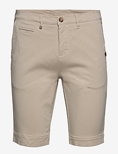 Cashmere Touch - Dolan Shorts - chinos shorts - light camel