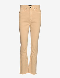 0639 - Kathy Cropped - boot cut jeans - sand