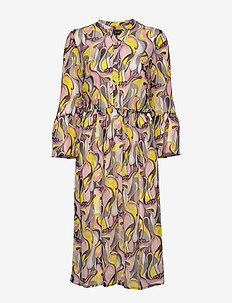 3388 - Estelle Dress/L - hemdkleider - pale yellow