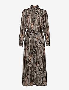 3389 - Lotte BC Dress - sommerkjoler - light camel