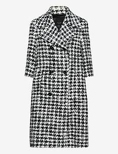 7426 - Delwyn - manteaux en laine - pattern