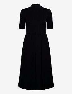 3416 - Ines - midi jurken - black