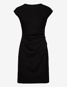 3416 - Danja - midi kjoler - black