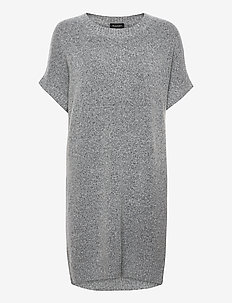 5210 - Izadi Dress - stickade klänningar - grey