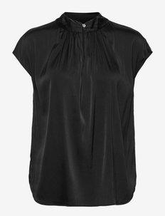3176 Matt - Prosi Top S - ermeløse bluser - black