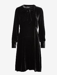 Velvet W - Minou - BLACK