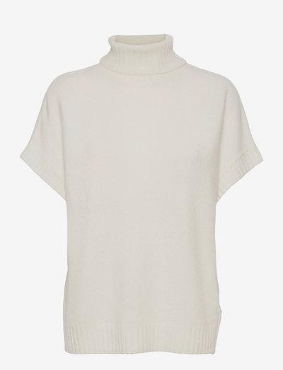 5210 - Izadi Roll Neck - strikkede toppe - off white